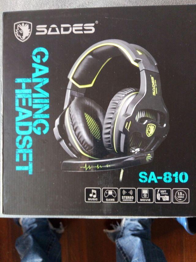 cascos gaming sades 810