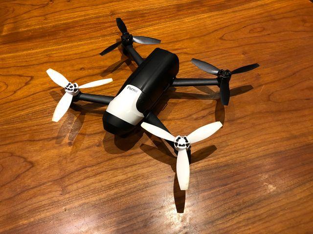 prix drone suiveur