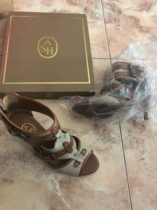 Zapato botín NUEVO marca ASH