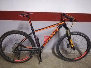 Bicicleta Scott Scale 740 - Full XT & FOX 32