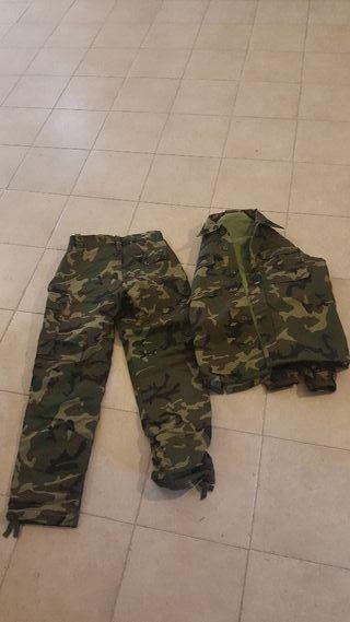 uniformes mimetados boscosos