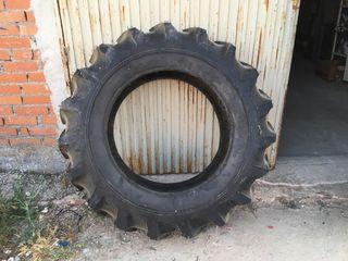 Rueda tractor 14. 9 30