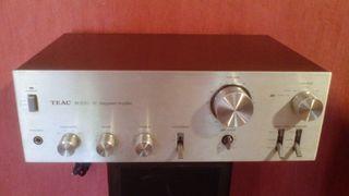 Amplificador vintage TEAC BX-300