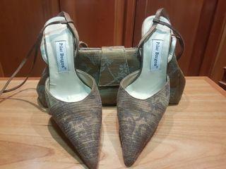 GANGA. Conjunto de zapatos y bolsos.