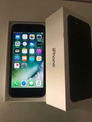 Iphone 7 126 gb en garantía sin cargador