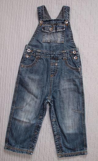 Peto pantalón niño 18-24 meses. Zara