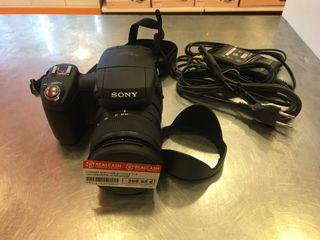 Camara Sony Cyber-Shot CMOS 10.3 MP DSC-R1