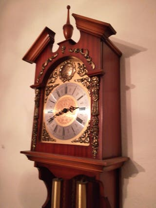 Reloj de pared antiguo Tempus Fugit