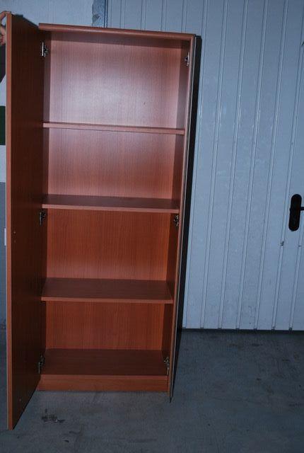 Mueble para TV y vitrinas para el salon