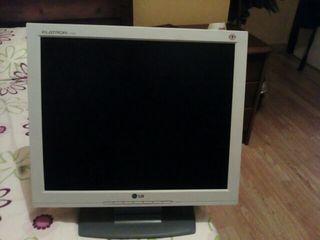 pantalla de ordenador marca LG