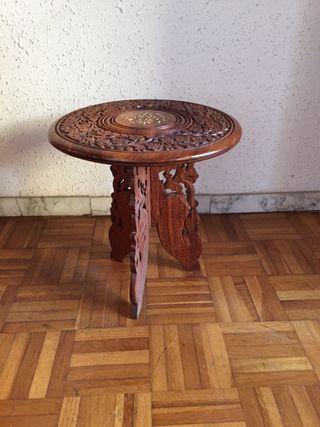 Mini mesa auxiliar decoración de madera