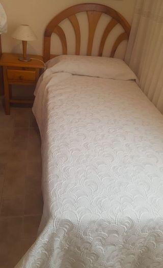 2 literas transformables en 4 camas sencillas.