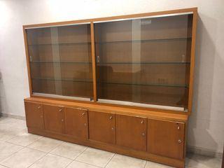 Mueble de estanterías expositoras