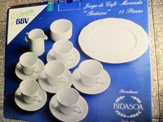 nuevo / PORCELANA BIDASOA JUEGO DE CAFE 16 piezas