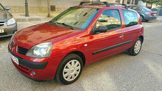 Renault Clio 2004 1.2i