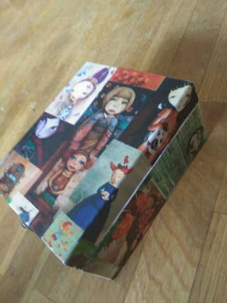 caja de madera mediana
