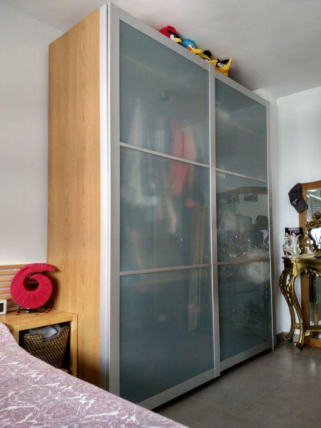 Armario Pax Ikea De Puertas Correderas De Segunda Mano Por 330 En