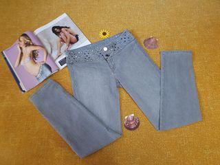 Pantalon Talla 36/38 *Studio F*