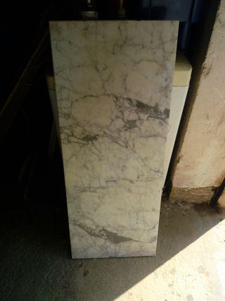 pieza de marmol ,41,cmtros de ancho 2,deexpresor,
