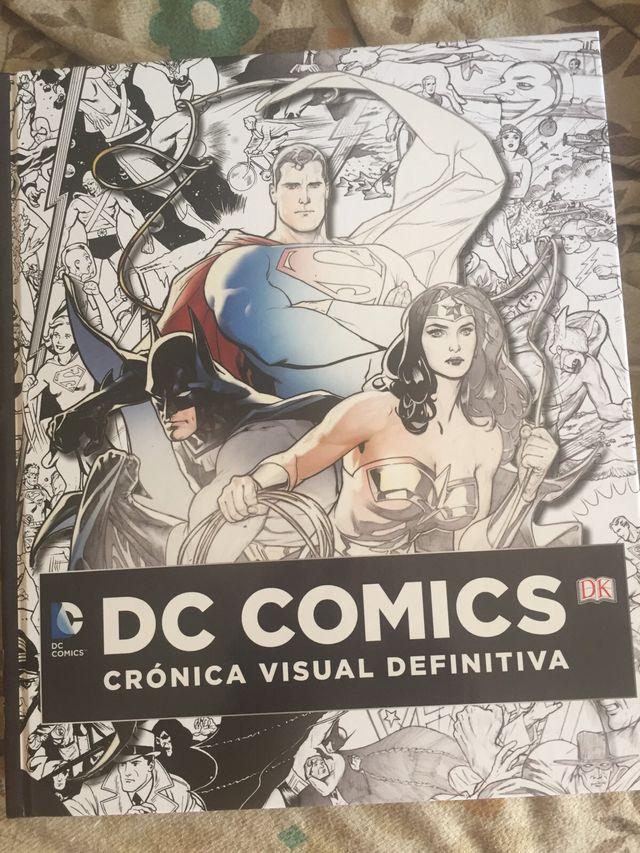 DC COMICS CRONICA VISUAL DEFINTIVA