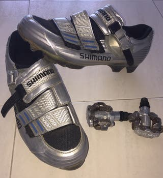 Shimano zapatos de bicicleta con pedales