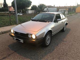 Alfa Romeo Alfetta GTV 2.0