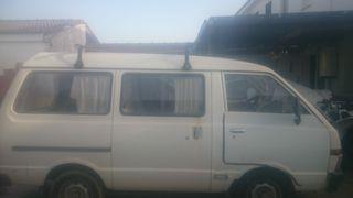 Nissan Vanette 1986