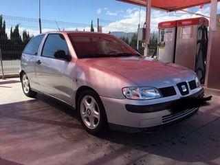 SEAT Ibiza año 2000