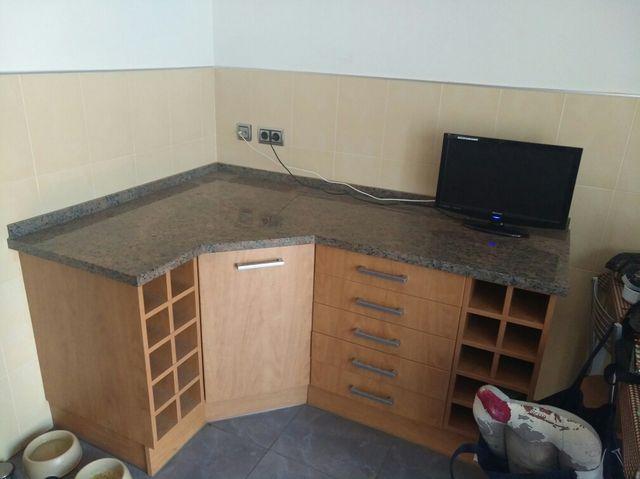 Mueble auxiliar cocina de segunda mano por 170 € en Lleida en WALLAPOP
