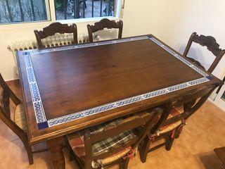 Mesa vintage y 6 sillas + mesa centro salón