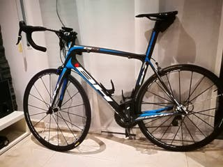 Bicicleta carretera de carbono.