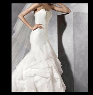 Vestido pronovias modelo ledurne