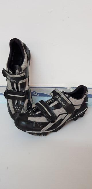 Zapatos de Spinning. TALLA 42.