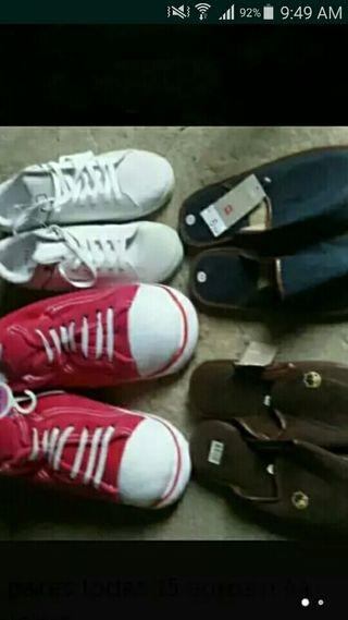 4 pares de zapatillas
