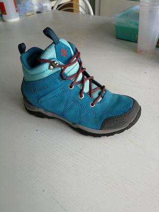 botas de montaña niño niña