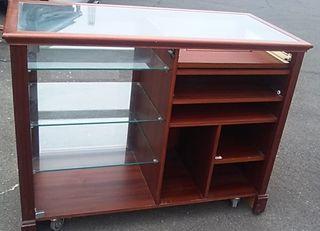 Mueble mostrador antiguo