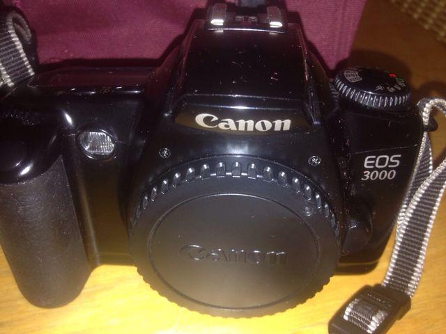 Canon EOS 3000