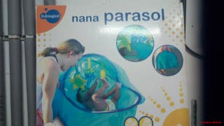 Moises parasol para playa de Imaginarium