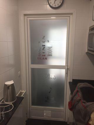 Vinilo puertas y ventanas