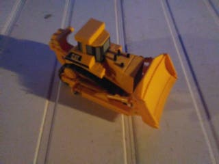 Maquina oruga Caterpillar juguete