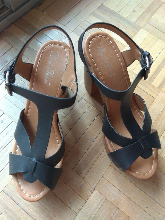 Sandalias altas de plataforma