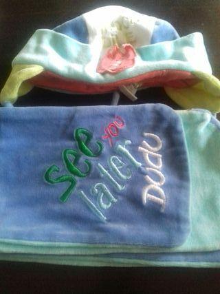 Conjunto gorro y bufanda para bebes