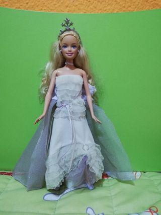Muñeca Barbie princesa