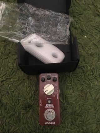 Pedal octavador guitarra bajo mooer