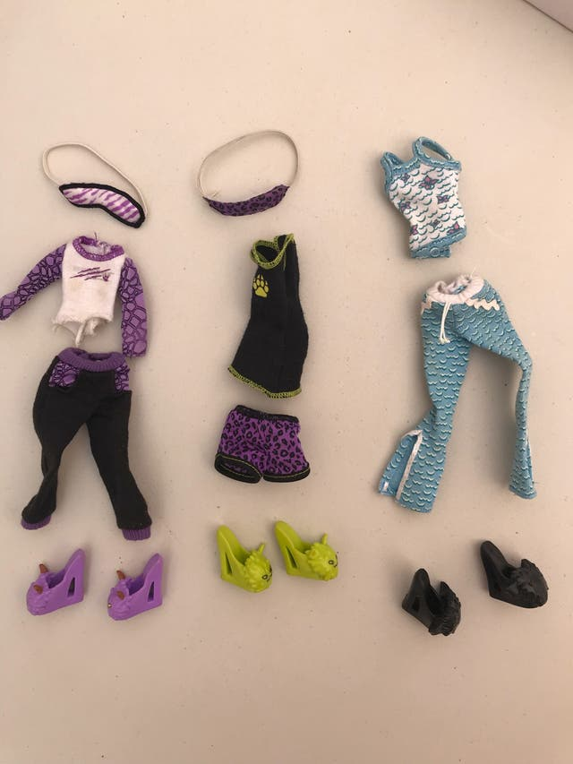Lote de Ropa Monster High