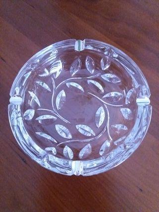Cenicero cristal y plata