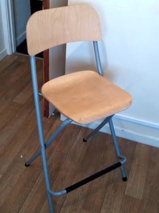 kitchen bar chairs, two per 15 pounds