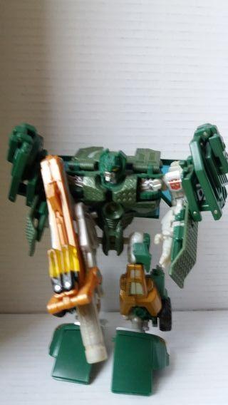 Transformers Generations Hoist