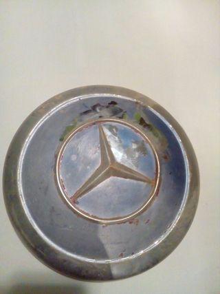 tapa cubos, Mercedes.