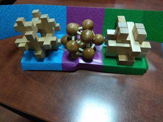 Puzzle con caja/ Juego inteligencia, ingenio.